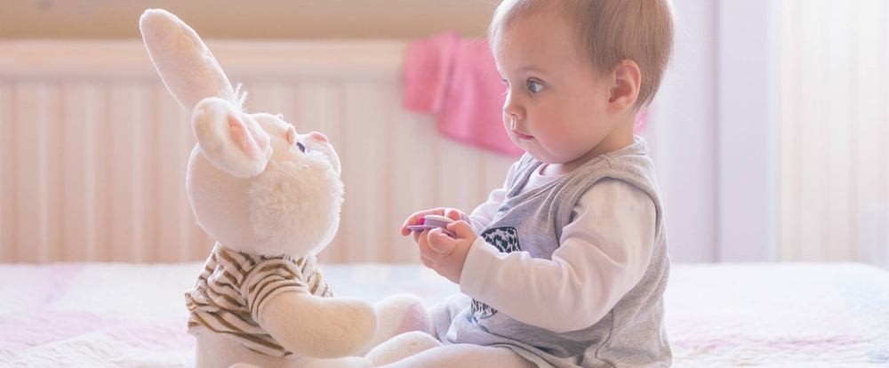 Bambino Otto Mesi.Sviluppo Del Bambino A 8 Mesi Paginemamma